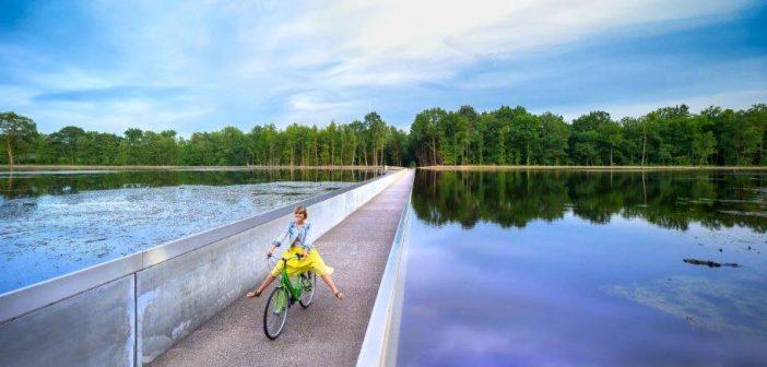 Ontdekking in Belgisch Limburg: fietsen door het water