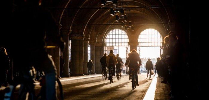 Fietsrondje Amsterdam: nieuwe expo's in het Van Gogh en Rijksmuseum