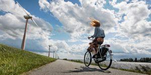 fietsen met tegenwind